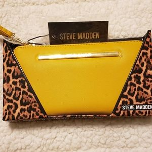 Steve Madden Wallet. New with tags. Mustard yellow